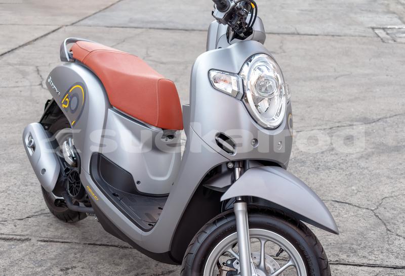 Big with watermark honda scooters bangkok bangkok 765
